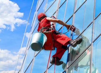 Lavaggio vetrate a Roma | Impresa di pulizie Roma | www.rapidaservizi.com