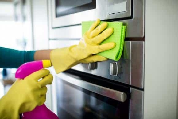 Come pulire il forno con ingredienti naturali? | Impresa di pulizie Roma | www.rapidaservizi.com